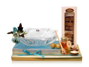 שנה טובה כלי זכוכית ושוקולד