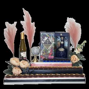 משלוחי מנות יין ויסקי ושוקולד בעיצוב מוקפד