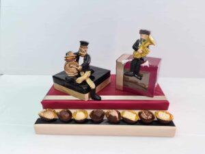 משלוח מנות שוקולד עם כליזמרים