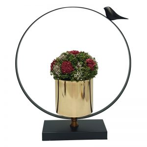 כלי נוי עם פרחי משי למרכז שולחן
